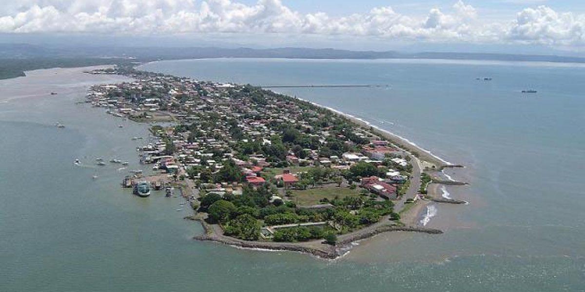 Playa-Puntarenas-Costa-Rica